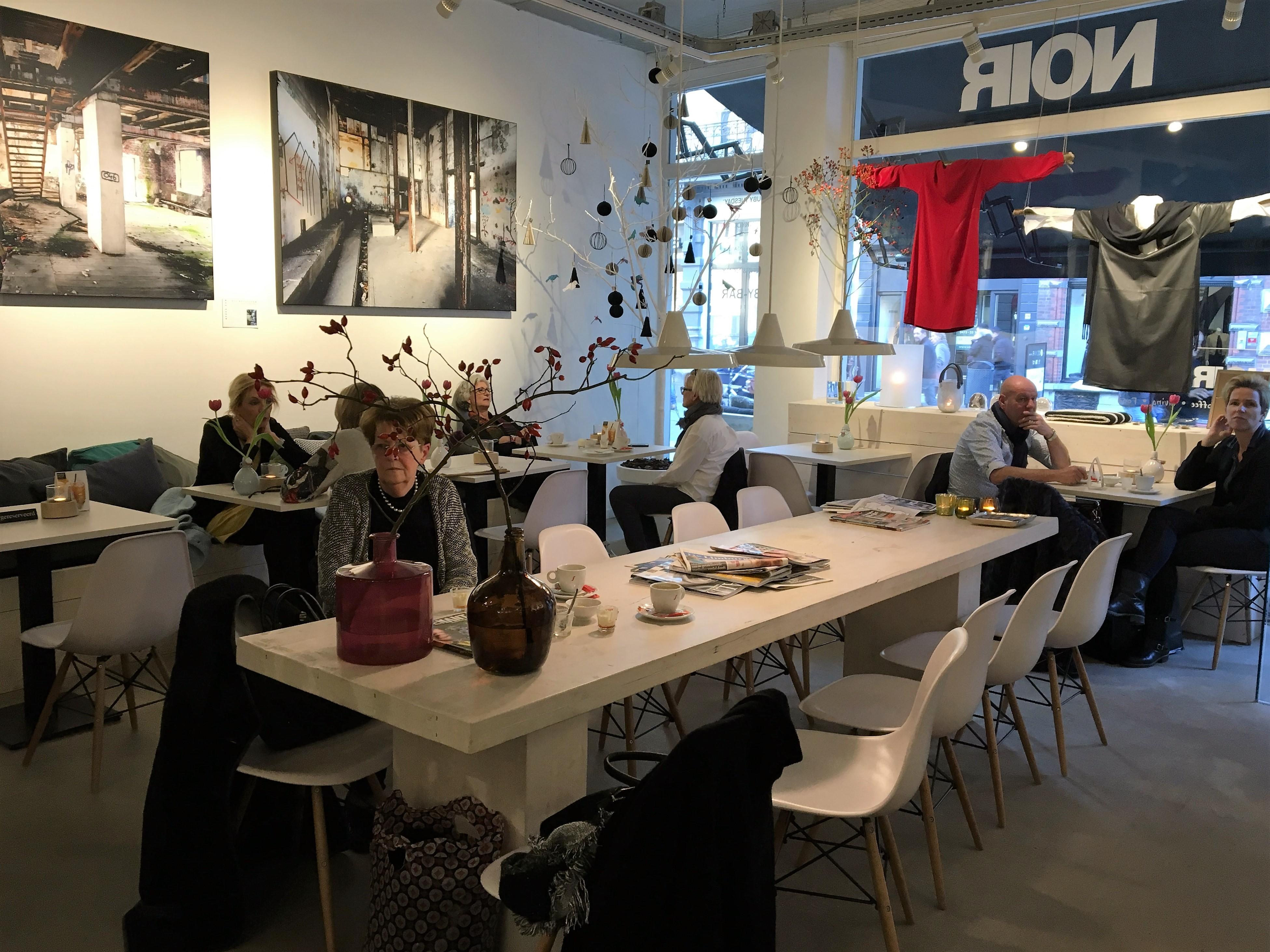 Noir-Roermond-modezaak-koffie-shoppen